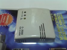 białe prostokątne plastikowe urządzenie